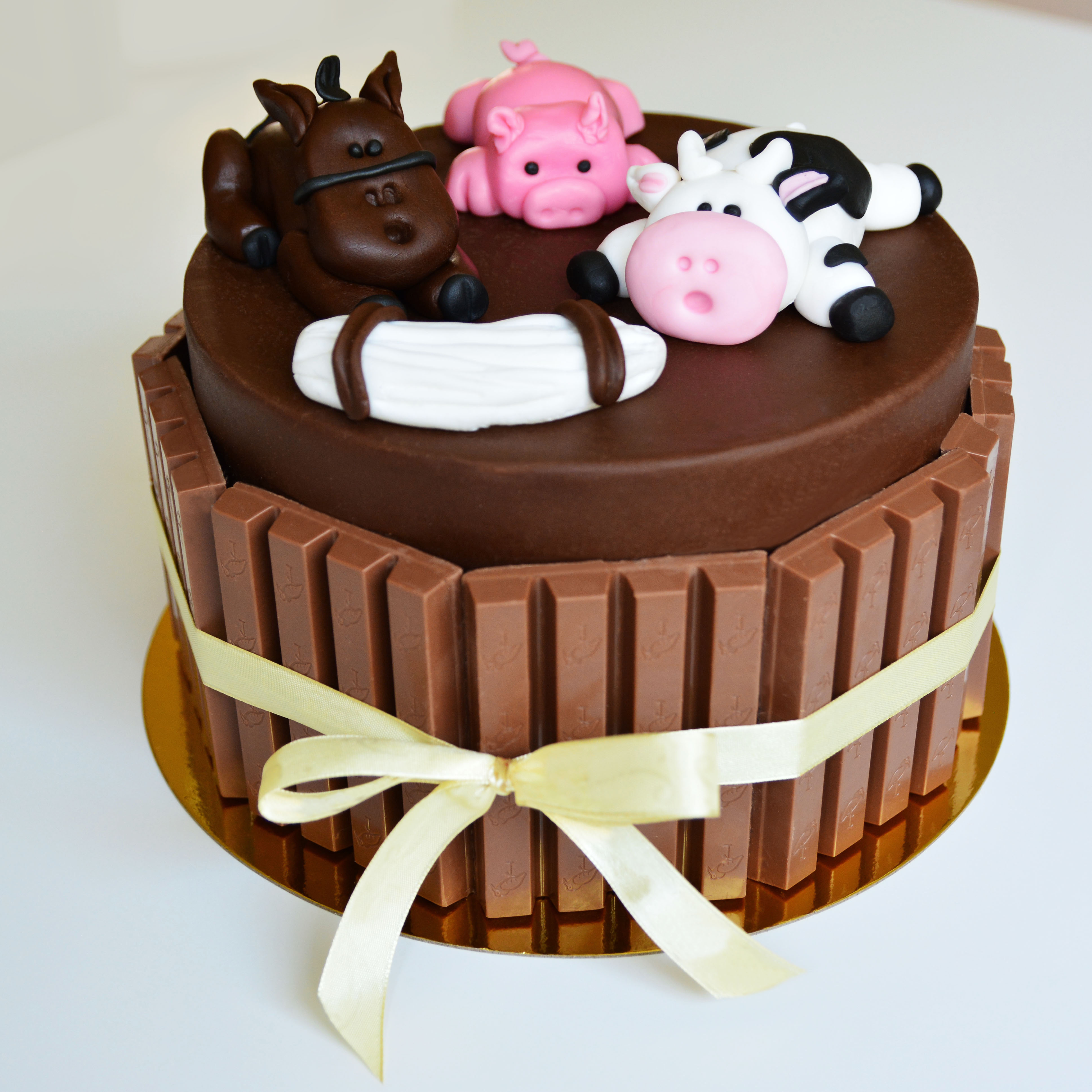 Farm Animals Small Cake